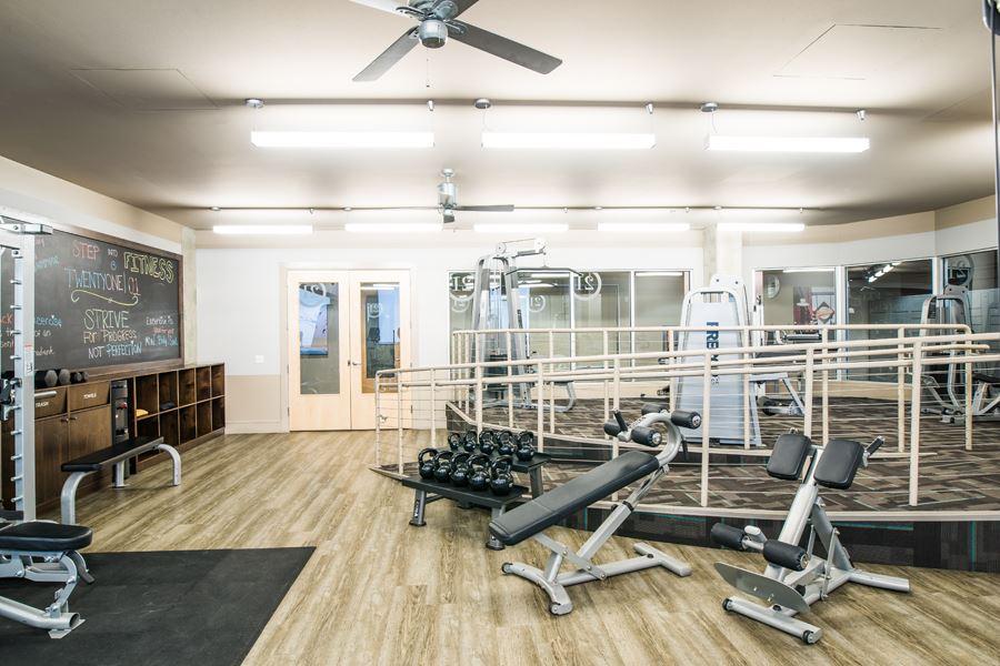 FitnessCenter-TwentyOne01HighRes-4